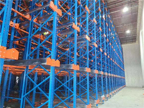 不一样仓储货架在仓储物流中的优点和缺点比照