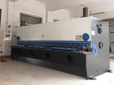液壓擺式數控剪板機機床性能特點